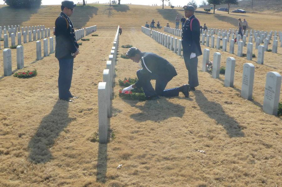 JROTC Leaves Wreaths at Soldiers Graves
